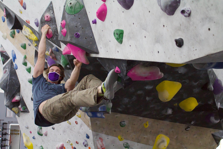 Chambers Mask Climbing
