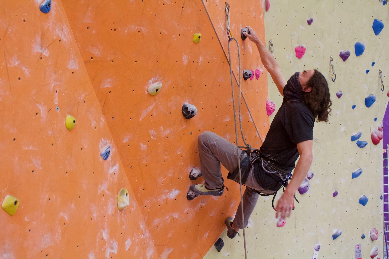 VA Mask Climbing